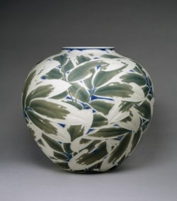 WALTERS: Itaya Hazan (Japanese, 1872-1963): Vase with Low-Relief Decoration of Bamboo Leaves 1903