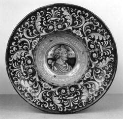 WALTERS: Venetian: Dish with Roman Profile Head 1513