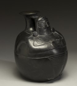 WALTERS: Recuay: Blackware Vessel 1