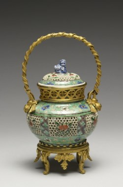 WALTERS: Chinese: Covered Bowl with Flowers and Plum Blossoms 1675