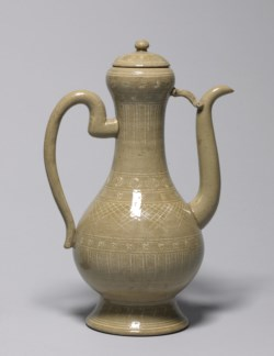 WALTERS: Japanese: Ewer in Mishima Style 1825