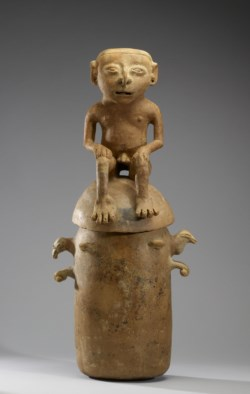 WALTERS: Colombian (Moskito): Burial Urn 1000